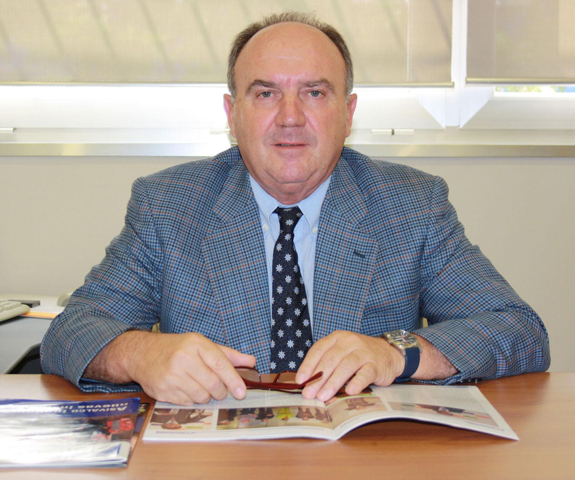 Saludo del Presidente Santiago Salvador