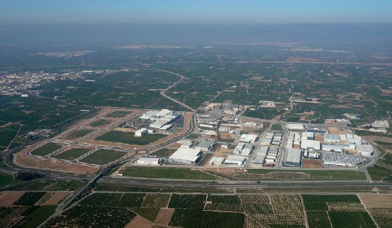 El Ayuntamiento de Algemesí colabora con los empresarios en la seguridad de las áreas industriales del municipio