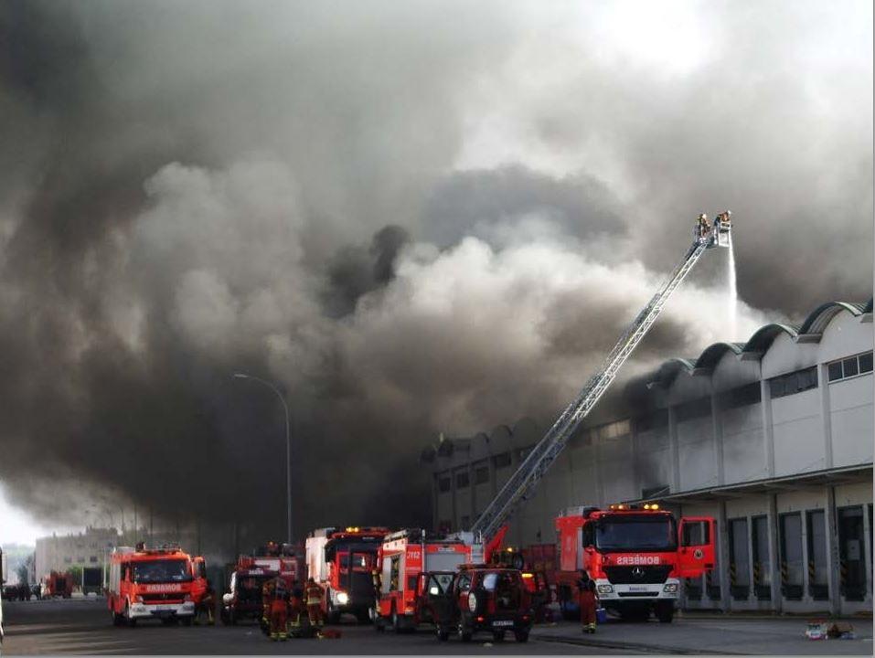 Incendios en establecimientos industriales y la importancia de la autoprotección.