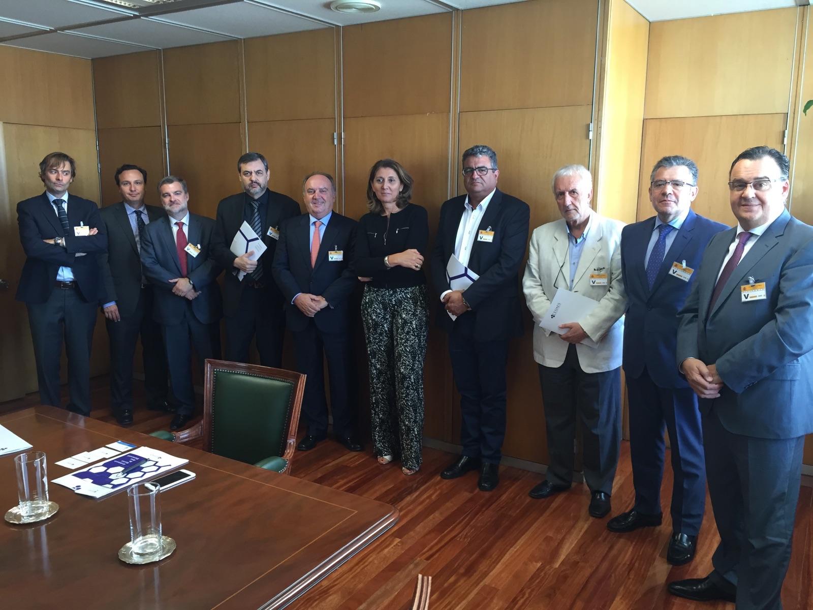 CEDAES se reúne con Begoña Cristeto, Secretaria General de Industria y PYME del Ministerio de Industria.