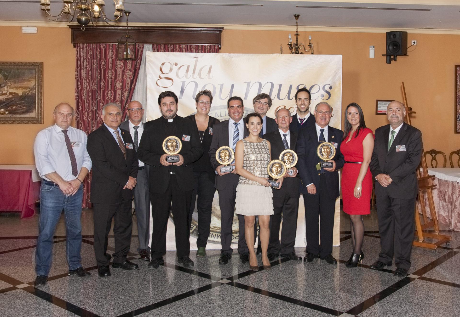 La Asociación Empresarial de Moncada, Alfara del Patriarca y Nàquera (AEMON) celebra la XIII edición de los premios Nou Muses coincidiendo con su 15 aniversario.