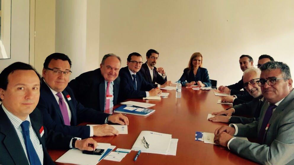La Confederación Española de Áreas Empresariales (CEDAES) se reúne con el grupo político CIUDADANOS en el Congreso de Diputados.