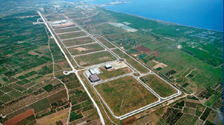 Parc Sagunt formalitza la venda de tres parcel·les a empreses per 3 milions