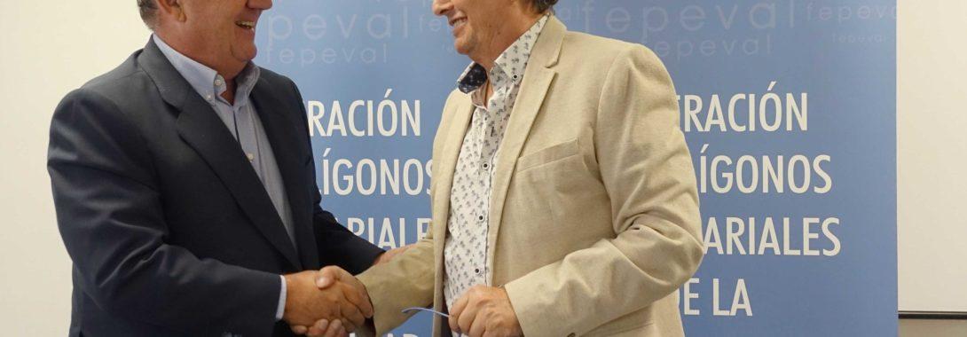 Fepeval aposta pel autoconsum elèctric de les àrees empresarials signant un conveni amb Iberosol