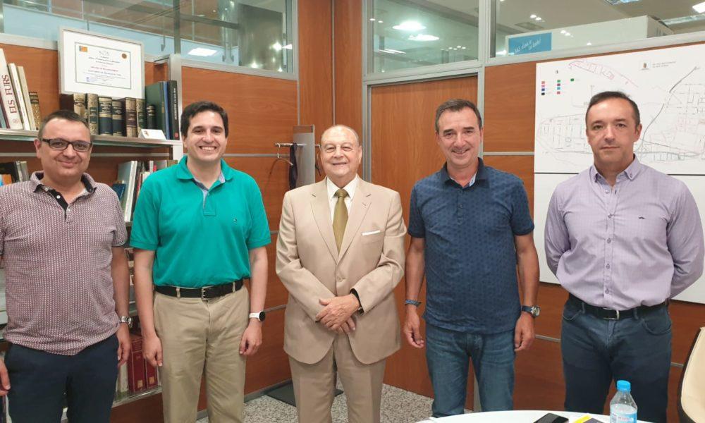 ASOCREVA i Ajuntament de Riba-roja valoren mesures per a la millora de la mobilitat, seguretat, neteja i formació en les àrees empresarials