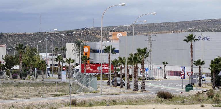 El polígon Las Atalayas reivindica la seua expansió i modernització per a crear 3.200 noves ocupacions